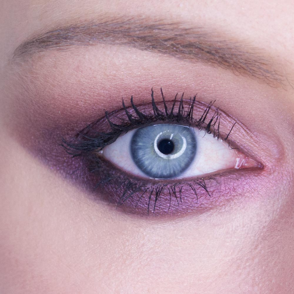 How To Purple Smokey Eye Easy Step By Step Picture Guide