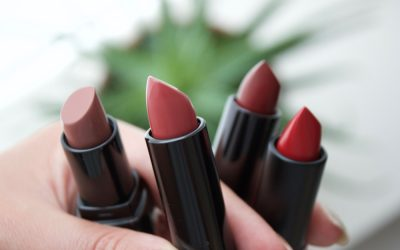 THE MOST TRENDY AUTUMN LIP COLORS