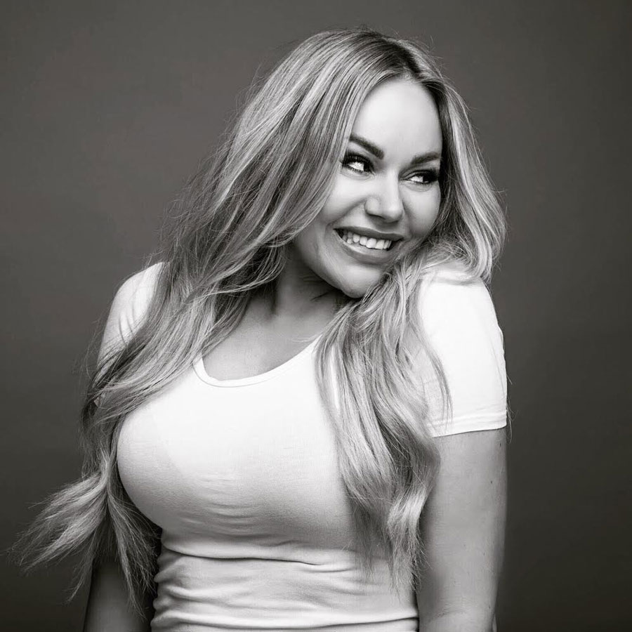 Mia Pelch - tidligere elev på Nicci Welsh Makeup Academy