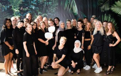BACKSTAGE TIL MUNTHE SHOW: Teamwork bag scenen til CPH Fashion Week