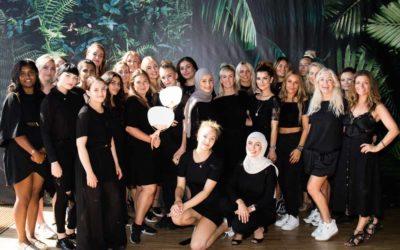 BACKSTAGE TIL MUNTHE SHOW: Teamwork bag scenen til CPH Fashion Week